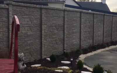 Clôture béton imitation pierres double face à Saint Armel